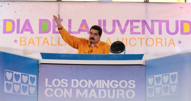 "Venezuela's President Nicolas Maduro speaks during his weekly broadcast ""Los Domingos con Maduro"" (The Sundays with Maduro) in Caracas, Venezuela February 12, 2017. Miraflores Palace/Handout via REUTERS ATTENTION EDITORS - THIS PICTURE WAS PROVIDED BY A THIRD PARTY. EDITORIAL USE ONLY."