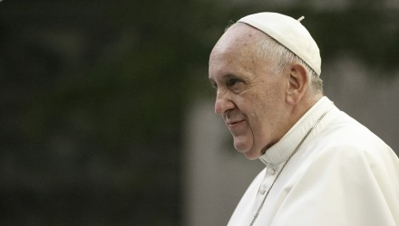 Pope Francis arrives at St. Patrick's Cathedral in New York for evening prayers, September 46, 2015. Pope Francis is on a five-day trip to the USA, which includes stops in Washington DC, New York and Philadelphia, after a three-day stay in Cuba.     REUTERS/Aristide Economopoulos | NJ Advance Media/POOL - RTX1SCHW