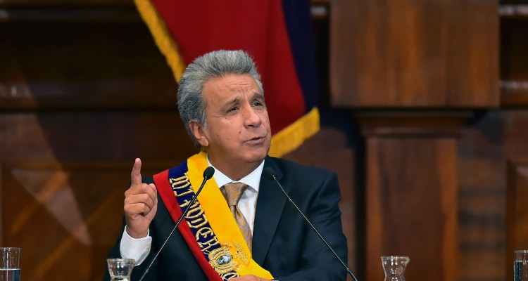 Ecuadorean new President Lenin Moreno speaks during his inauguration ceremony at the National Assembly in Quito on May 24, 2017. Ecuador's new president Lenin Moreno took office Wednesday, tasked with steering a flagship of the Latin American left through troubled economic and political waters. / AFP / Rodrigo BUENDIA