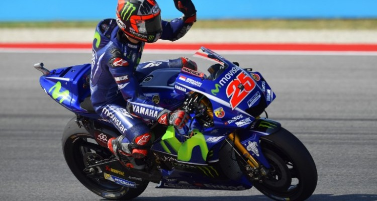 Movistar Yamaha Moto Gp's rider Maverick Vinales from Spain reacts during  a practice session at the Marco Simoncelli Circuit ahead of the San Marino Moto GP Grand Prix race in Misano, on September 8, 2017. / AFP PHOTO / Marco BERTORELLO